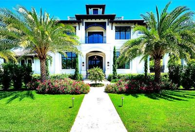 277 Gulf Shore Blvd S Naples FL 34102