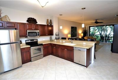10028 Heather Ln Naples FL 34119