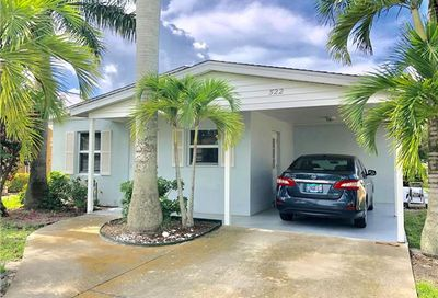 522 100th Ave N Naples FL 34108