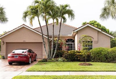 6992 Burnt Sienna Cir Naples FL 34109