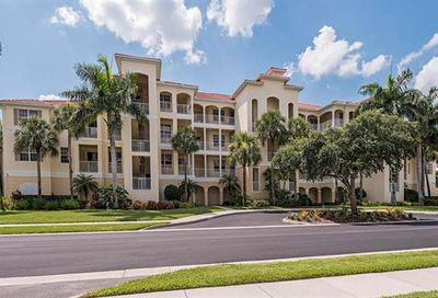 4843 Hampshire Ct Naples FL 34112