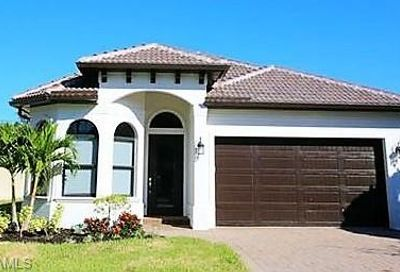 849 109th Ave N Naples FL 34108