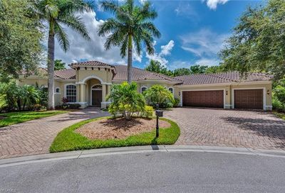 7642 Palmer Ct Naples FL 34113