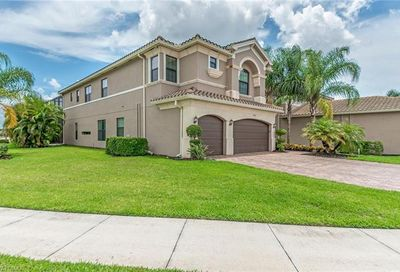 3342 Pacific Dr Naples FL 34119