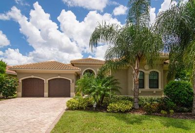 3045 Cinnamon Bay Cir Naples FL 34119