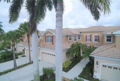 4745 Shinnecock Hills Ct Naples FL 34112