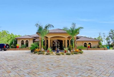 4785 4th Ave NE Naples FL 34120