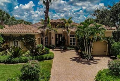 2224 Miramonte Ct Naples FL 34105