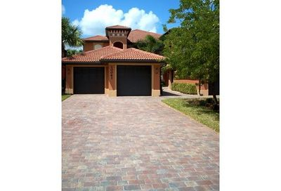 10041 Heather Ln Naples FL 34119