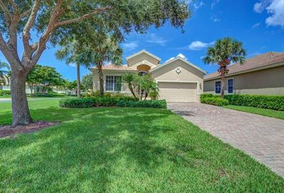 5582 Whispering Willow Way Fort Myers FL 33908
