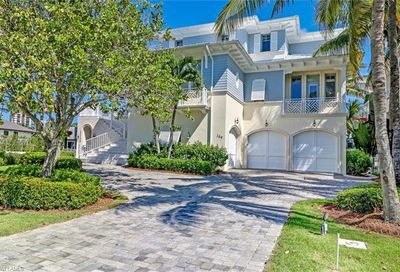 169 Conners Ave Naples FL 34108