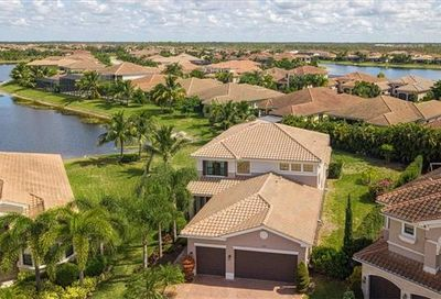 3164 Pacific Dr Naples FL 34119