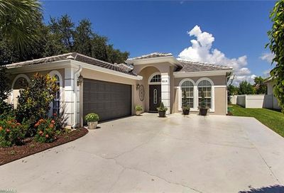 8218 Laurel Lakes Blvd Naples FL 34119
