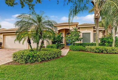 1406 King Sago Ct Naples FL 34119