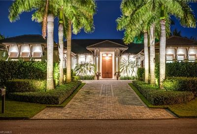 3150 Leeward Ln Naples FL 34103