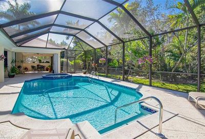 751 Saint Georges Ct Naples FL 34110