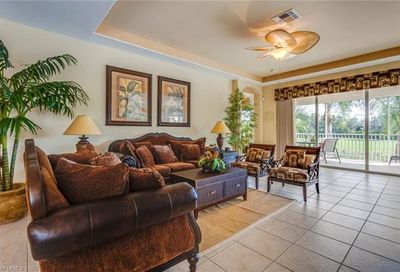 4670 Winged Foot Ct Naples FL 34112