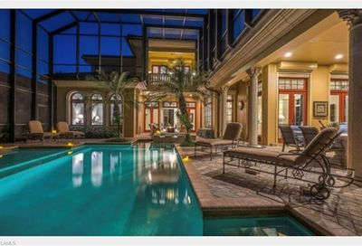 15220 Medici Way Naples FL 34110
