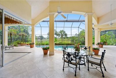 321 Chancery Cir Naples FL 34110