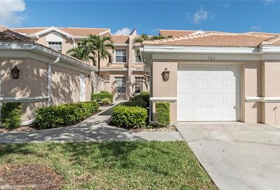 6305 Wilshire Pines Cir Naples FL 34109