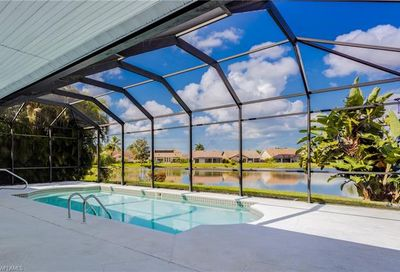 257 Countryside Dr Naples FL 34104