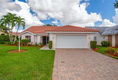 170 Saint James Way Naples FL 34104