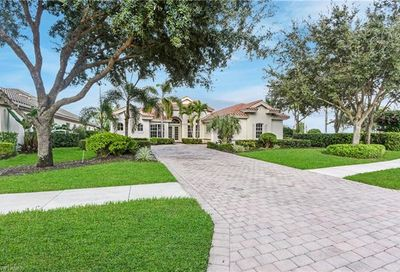 12071 Wicklow Ln Naples FL 34120