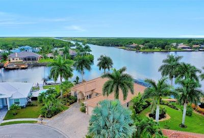 134 Windward Cay Naples FL 34114
