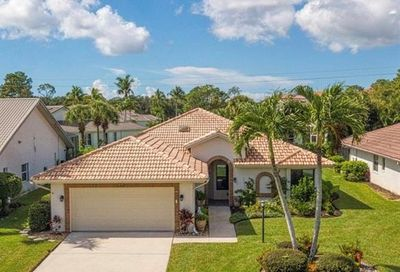 433 Countryside Dr Naples FL 34104