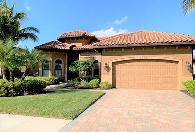 7334 Acorn Way Naples FL 34119