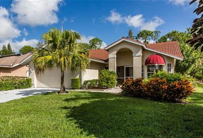 117 Saint James Way Naples FL 34104
