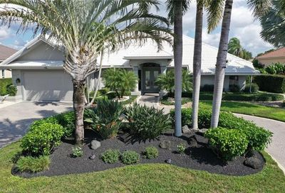 11268 Longshore Way W Naples FL 34119