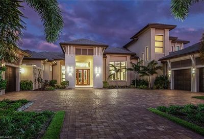368 Warwick Way Naples FL 34110