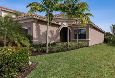 13517 Mandarin Cir Naples FL 34109