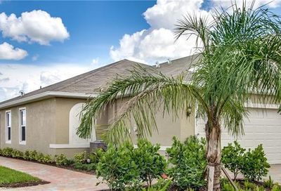 10724 Crossback Ln Lehigh Acres FL 33936