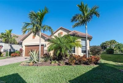 16133 Camden Lakes Cir Naples FL 34110