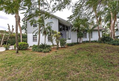 431 Widgeon Pt Naples FL 34105