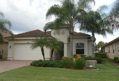10240 Gator Bay Ct Naples FL 34120