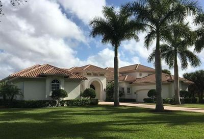 11433 Golden Eagle Ct Naples FL 34120