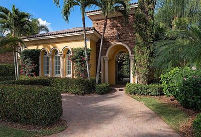 15212 Medici Way Naples FL 34110