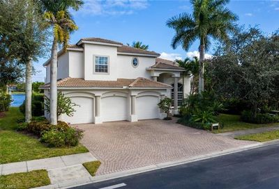 8481 Laurel Lakes Blvd Naples FL 34119