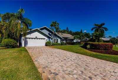 1903 Countess Ct Naples FL 34110