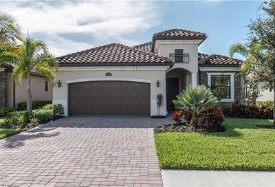 12566 Fenhurst Way Naples FL 34120