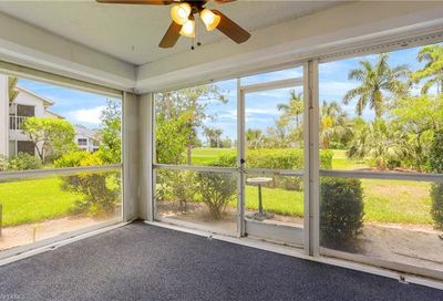 433 Country Hollow Ct Naples FL 34104