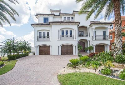 264 Bayview Ave Naples FL 34108