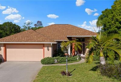 125 Estelle Dr Naples FL 34112