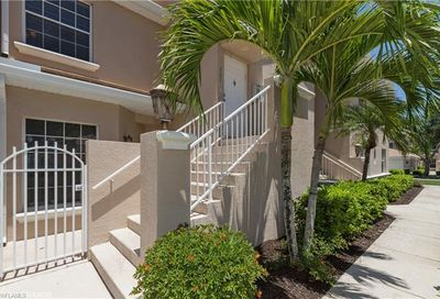 6290 Wilshire Pines Cir Naples FL 34109