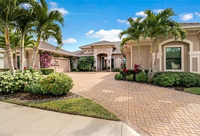11934 Hedgestone Ct Naples FL 34120