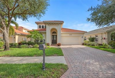 12772 Aviano Dr Naples FL 34105