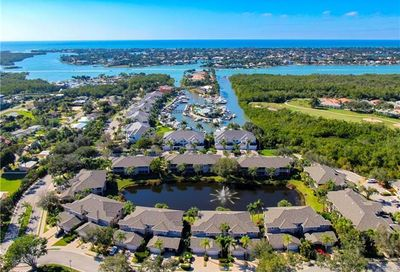 5050 Yacht Harbor Cir Naples FL 34112